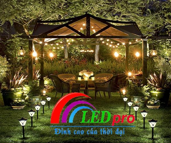 Bóng đèn led bulb chiếu sáng sân vườn