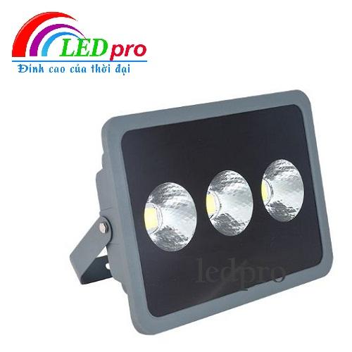 Đèn Led Pha Ly 150W