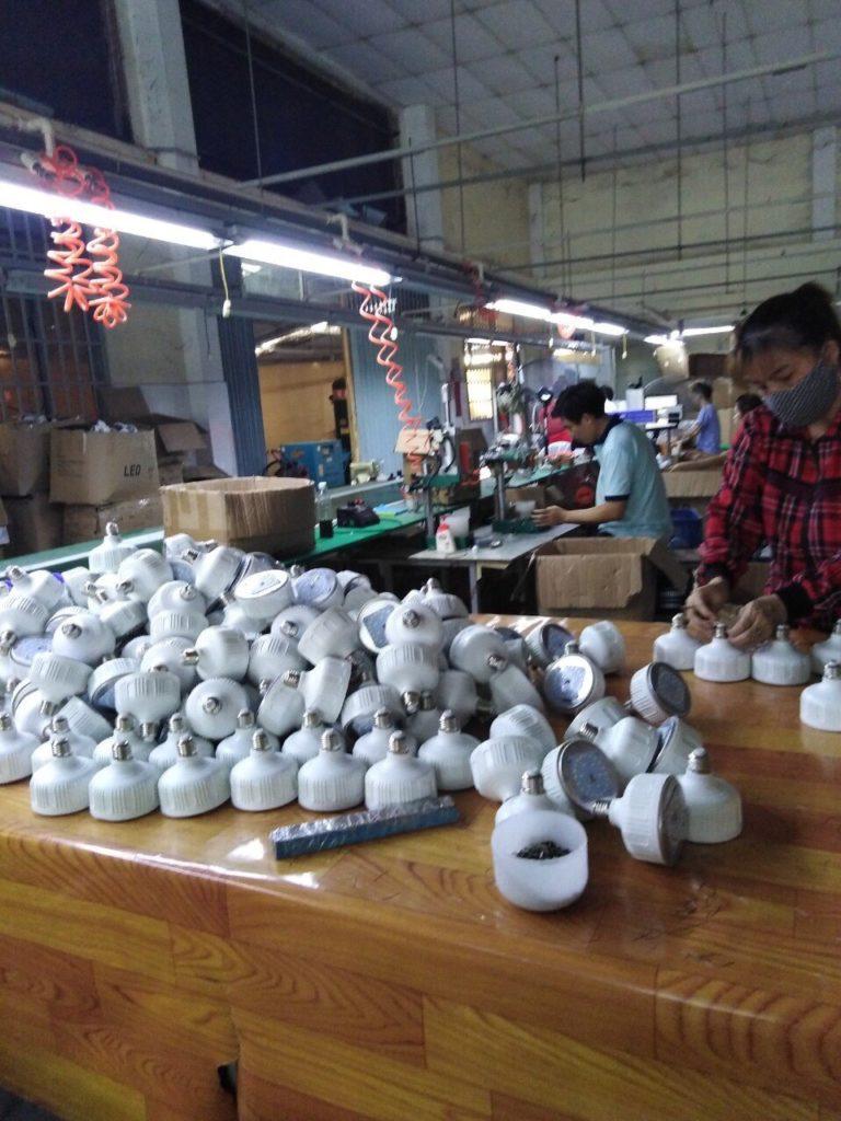sản xuất đèn led đi bình phước