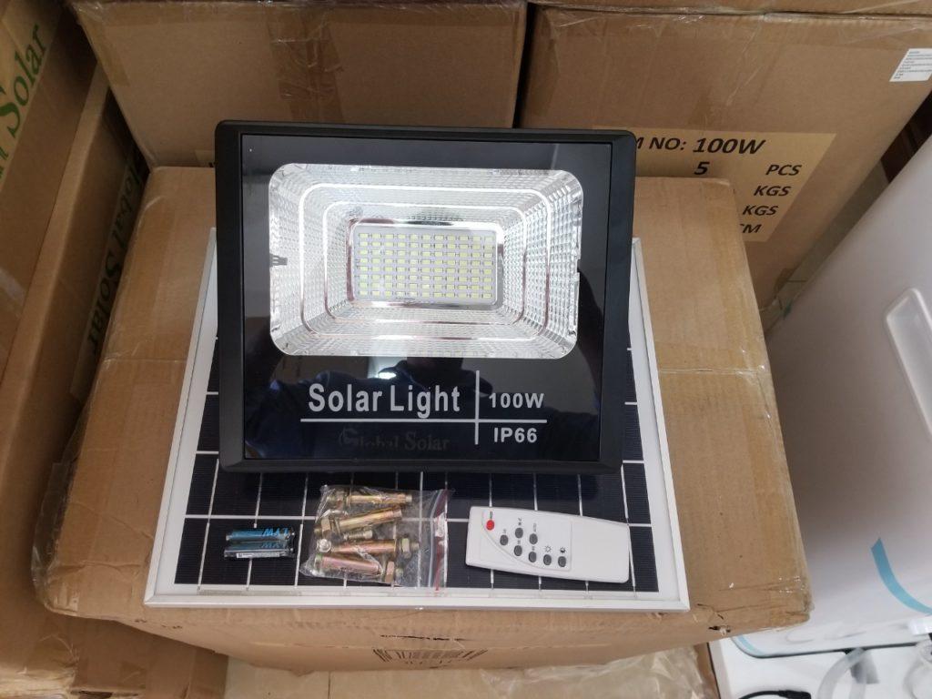 đèn pha led NLMT 100w giá sỉ tại quận 2