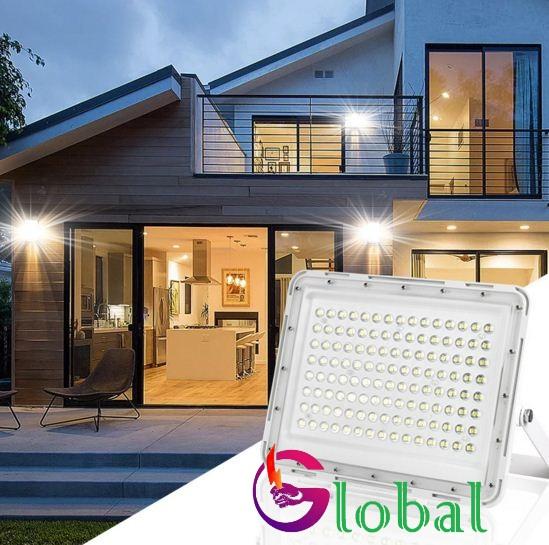 ứng dụng đèn pha nlmt 100w tổ ong trắng