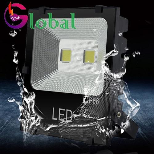 đen pha led chống nước 100w
